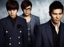 L-R: Kim Jon Woo, Shin Yon Jae, and Young Jae (Source: http://2.bp.blogspot.com/-E3PbhMK4ocs/TfBiV6mP1sI/AAAAAAAAAUY/l0EcUHVKqWw/s400/4men_The_Artist1.jpg)