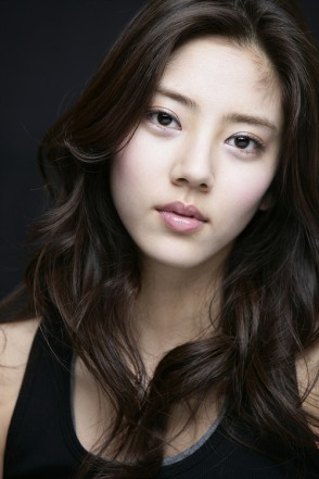 Son Dam Bi, KPOPIANA, http://kpoparchives.omeka.net/items/show/1199